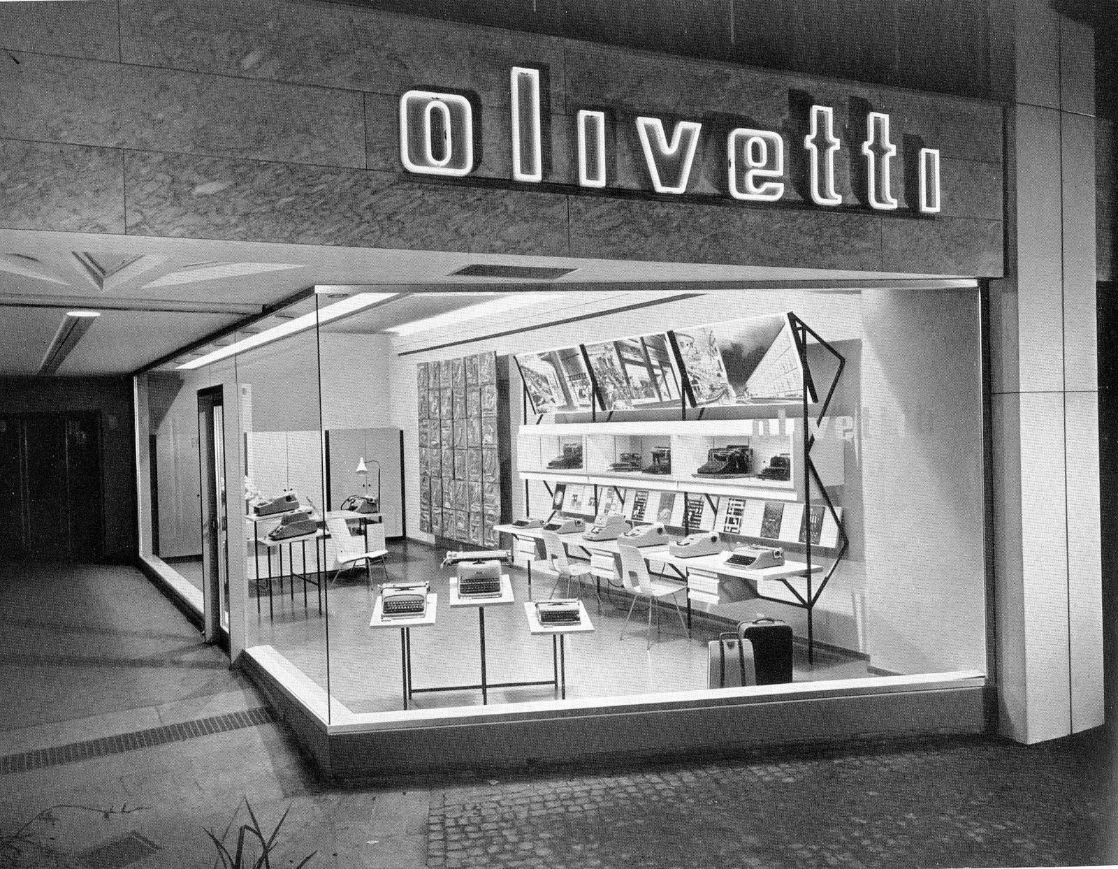 olivetti-vetrina